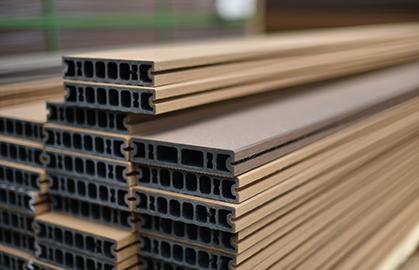 ウッドデッキ、人工木・再生木